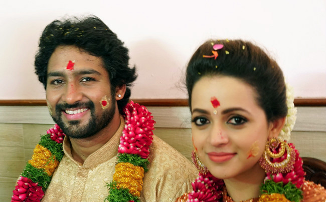 Tamil Actress Bhavana Photos: Malayalam Actor Bhavana Marriage Date Announced Naveen
