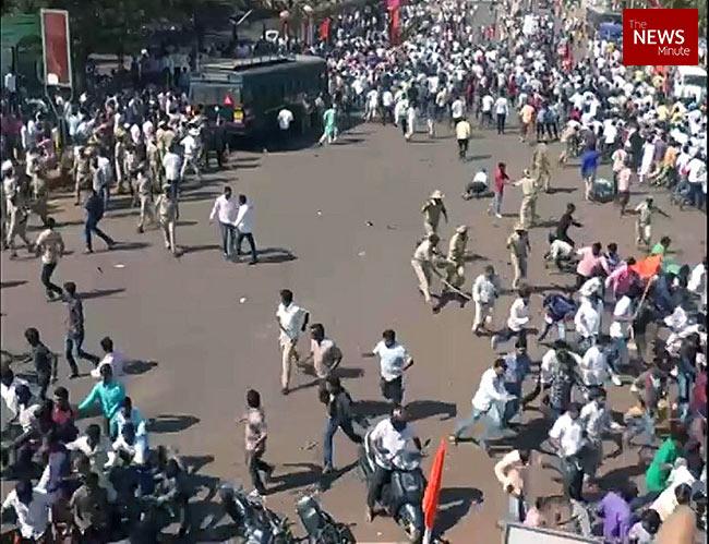 Karnataka: Lathi charge against people protesting teenager's rape in Bidar