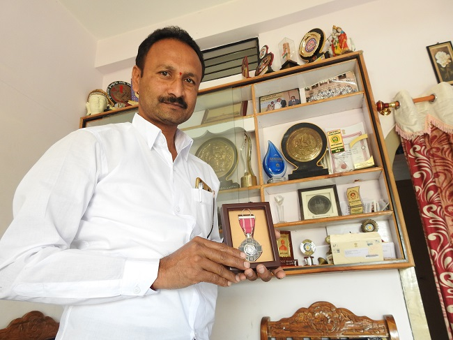 From weaver to engineer: Meet the Telangana man whose