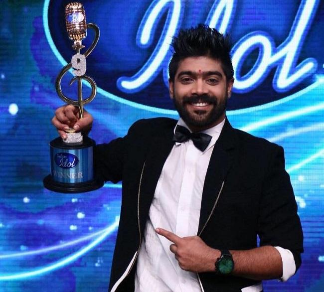 indian idol 9 winner lv revanth