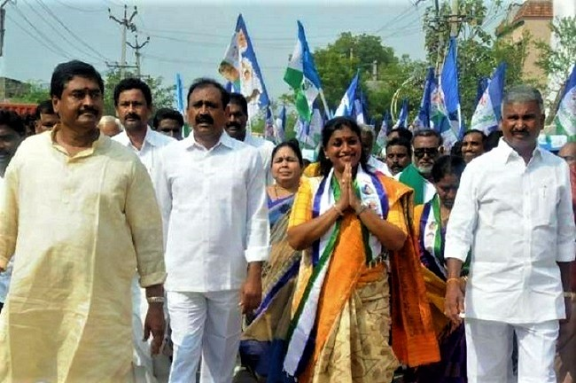 YSRCP leader Roja launches her own padayatra, to walk from