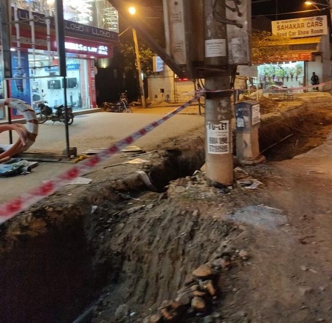 Sarjapur Road is a hazardous zone: B'luru residents complain over BBMP's widening work