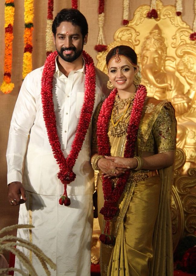 Actor Bhavana Weds Producer Naveen In Thrissur The News Minute