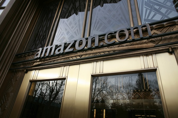 Amazon to hire 100,000 workers as online orders rise amid coronavirus - The News Minute thumbnail