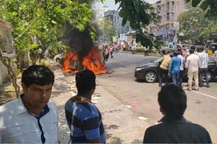 2 cars go up in flames in Chennai's GN Chetty Road, no injuries reported
