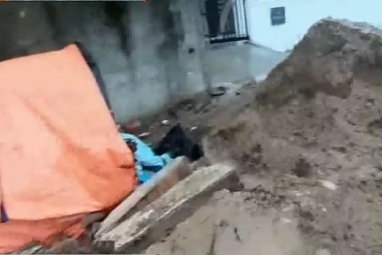 5-year-old girl dies in Chennai wall collapse, two earthmover operators held