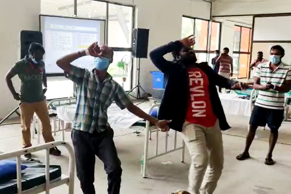 At COVID-19 ward in Coimbatore patients shake a leg to beat stress
