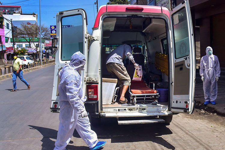 4 with severe acute respiratory illness in Karnataka test positive for coronavirus