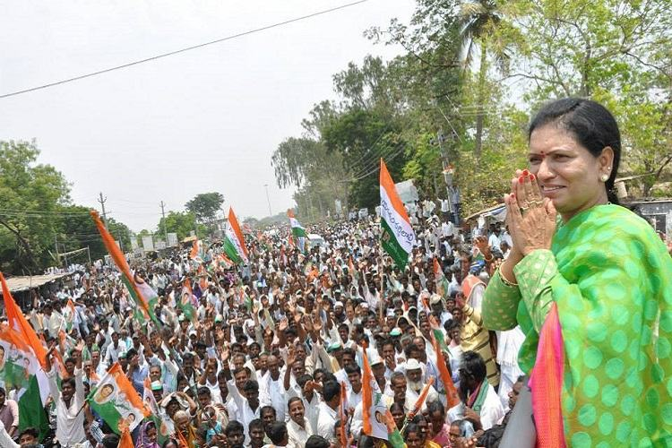 Ground report: In aunt-nephew battle, will TRS win Cong bastion Gadwal from DK Aruna?