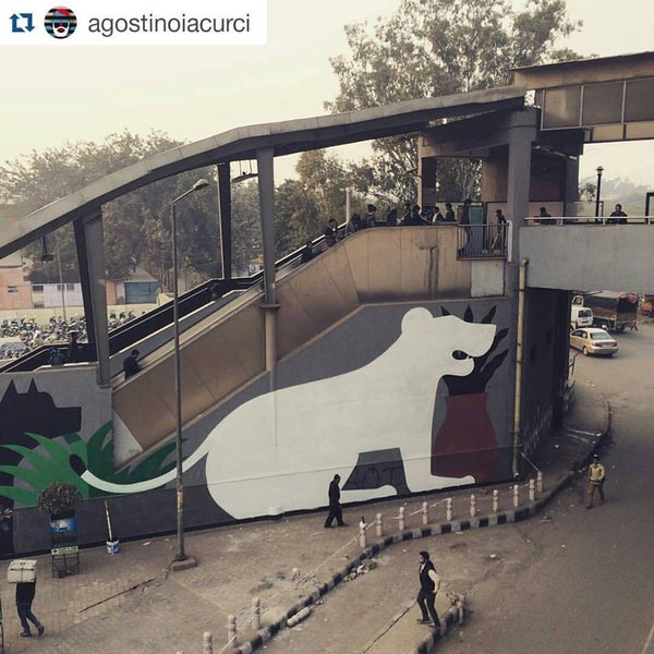 Simply Wow! Delhi metro station gets an artistic makeover