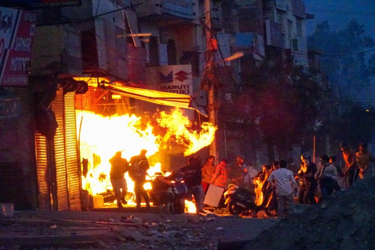 Delhi riots: 'Shoot-at-sight' orders issued in parts of city, death toll climbs to 13