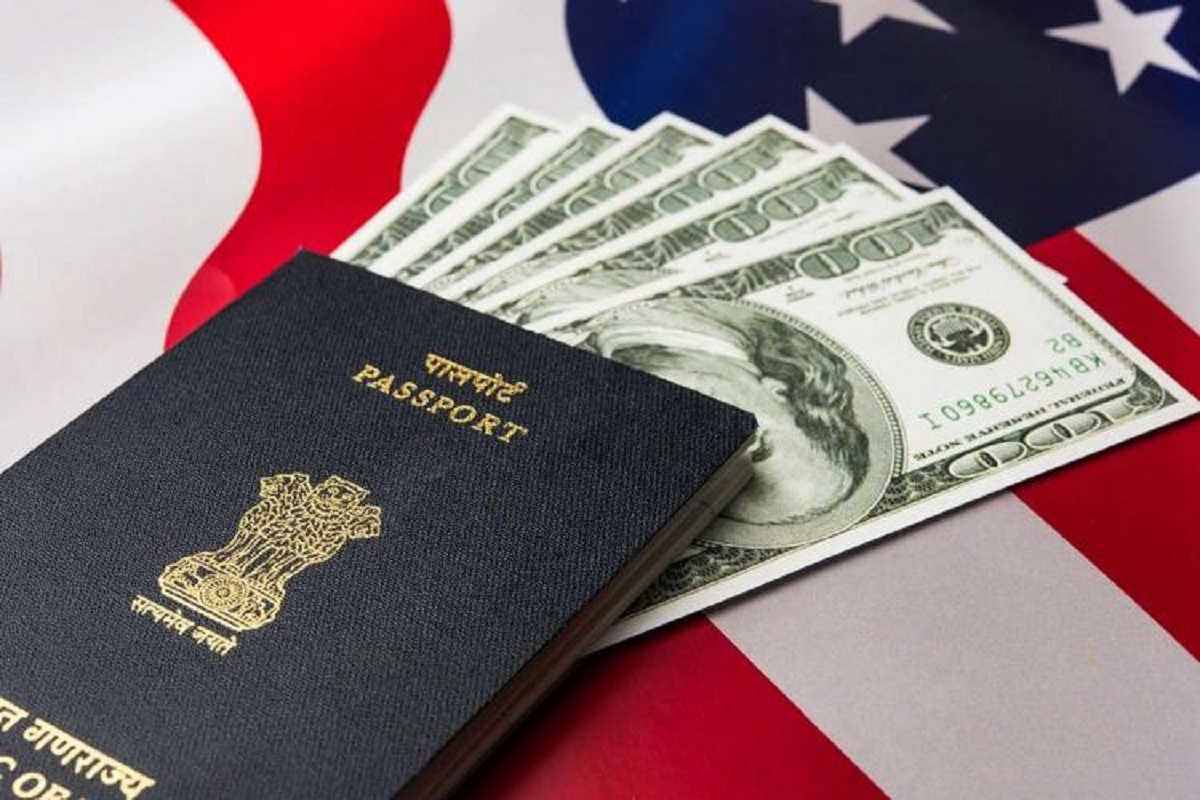 US allows some H-1B visa seekers to re-submit application