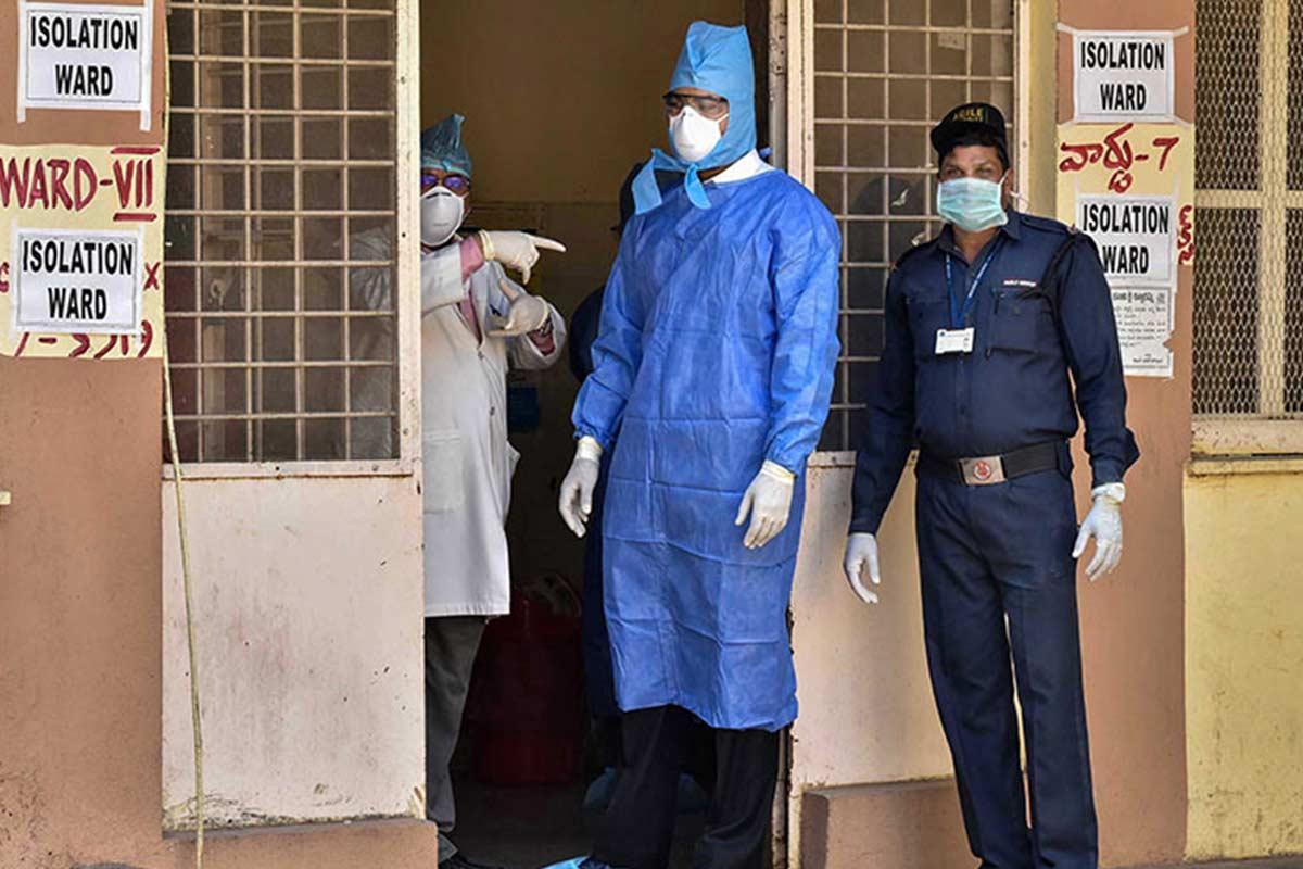 58 doctors nurses of Ernakulam General Hospital go into quarantine