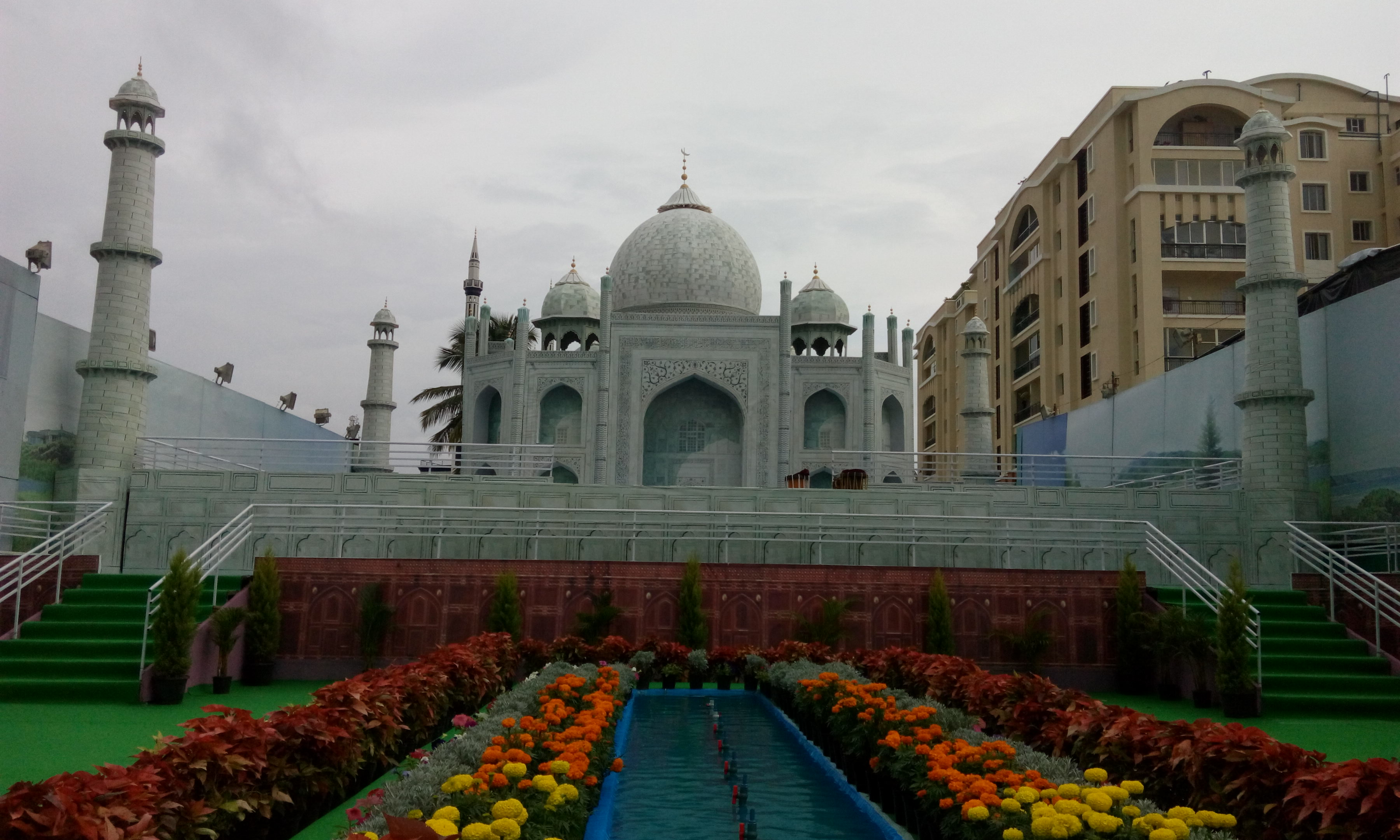 See The Travelling Taj Mahal Right Here In Bengaluru The