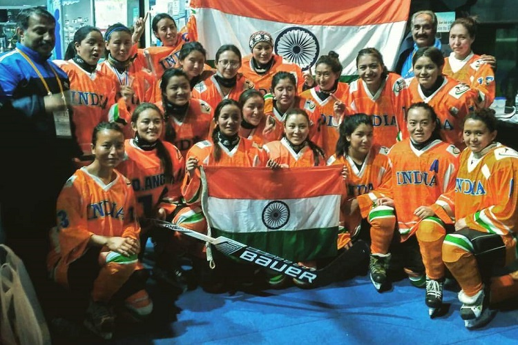 Big Moment For Women S Ice Hockey In India Team Registers
