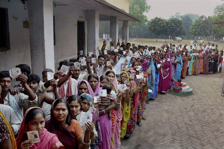 2019 Lok Sabha polls clashes with long weekend, but will it affect voter turnout?