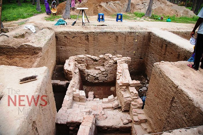 essay on drainage system of harappan civilization