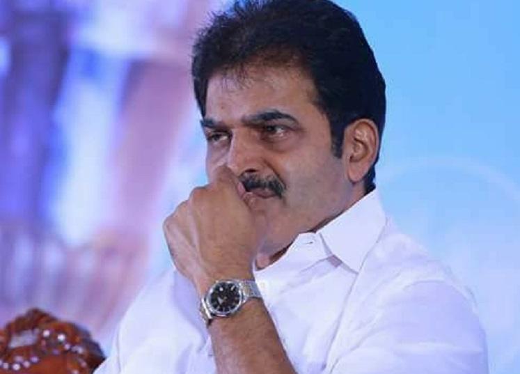 Congress leader KC Venugopal caught on camera meeting rowdy-sheeter in Bengaluru