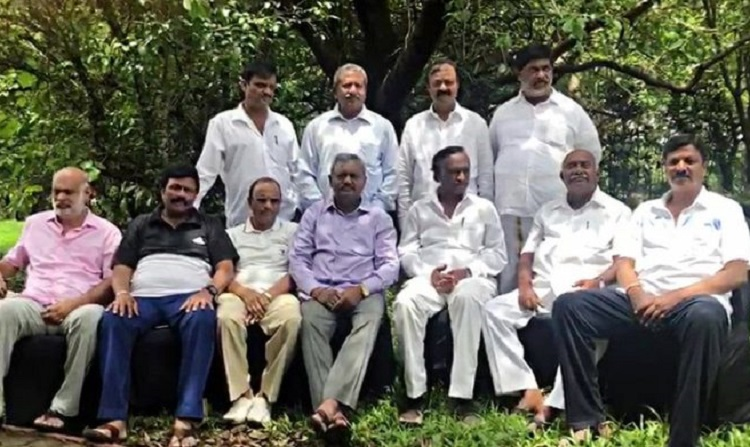 Big blow for disqualified Karnataka MLAs: 15 seats to go bye-elections on Oct 21