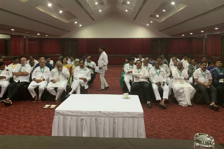 After two days of resort stay, Karnataka Congress MLAs return home
