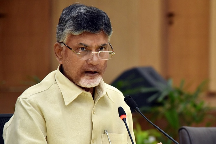 Attacks on journos, curbs on press: Chandrababu Naidu lashes out at Jagan govt