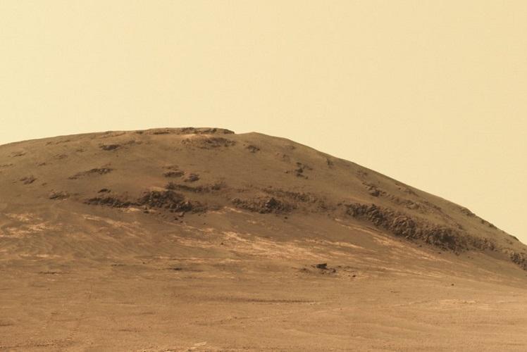 NASA's Opportunity rover begins studying origin of fluid ...