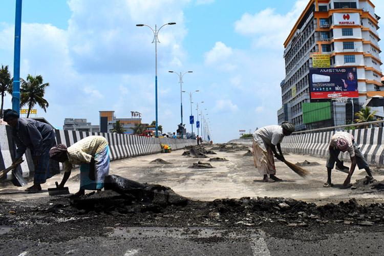 Kochi's Palarivattom flyover to be reconstructed by Delhi Metro Rail Corporation