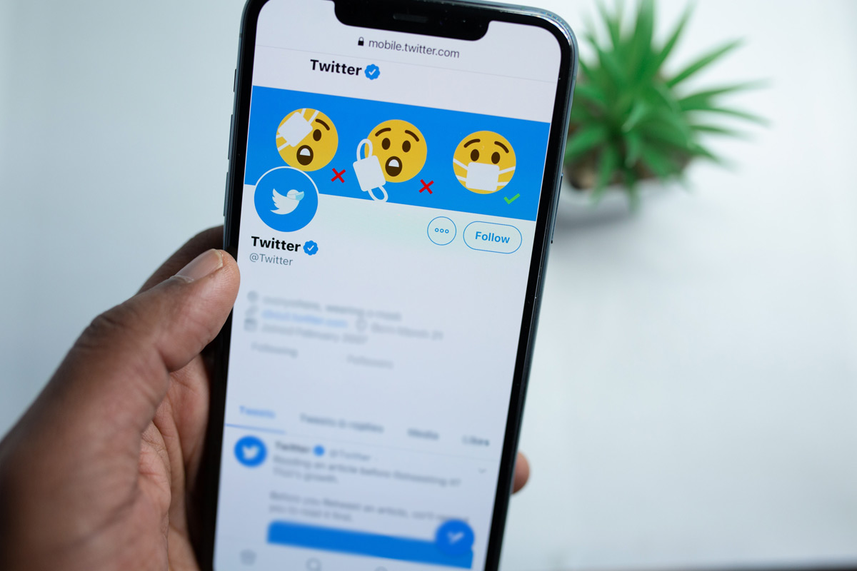 Twitter says it has complied with IT rules Union govt disputes