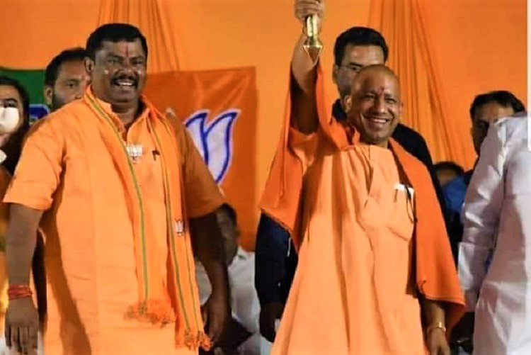 Will rename Hyderabad to Bhagyanagar: Yogi Adityanath in Telangana