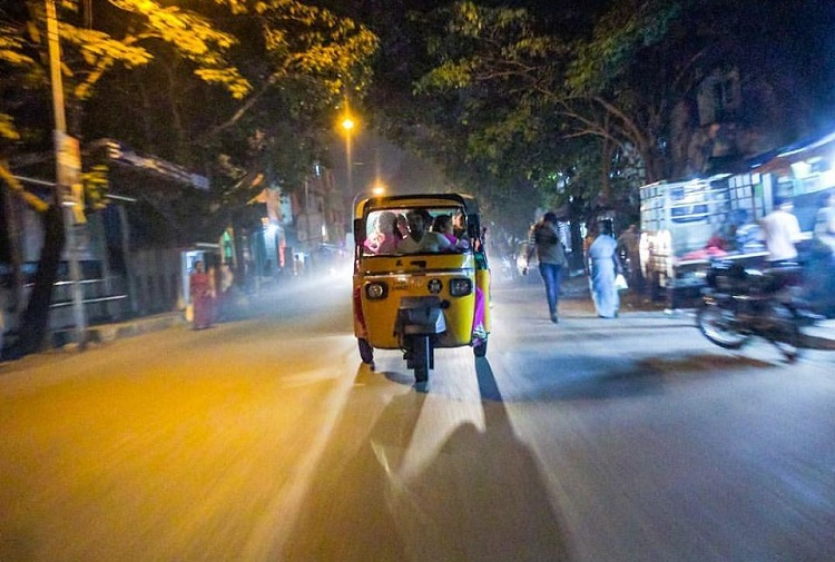Nearest Service Station >> How come Bengaluru doesn't have share-autos? | The News Minute