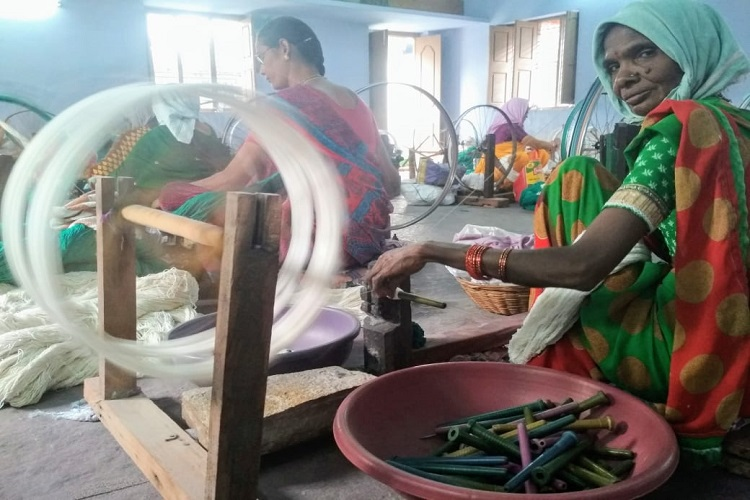Ground Report: As power looms take over, Huzurabad handloom weavers consider future