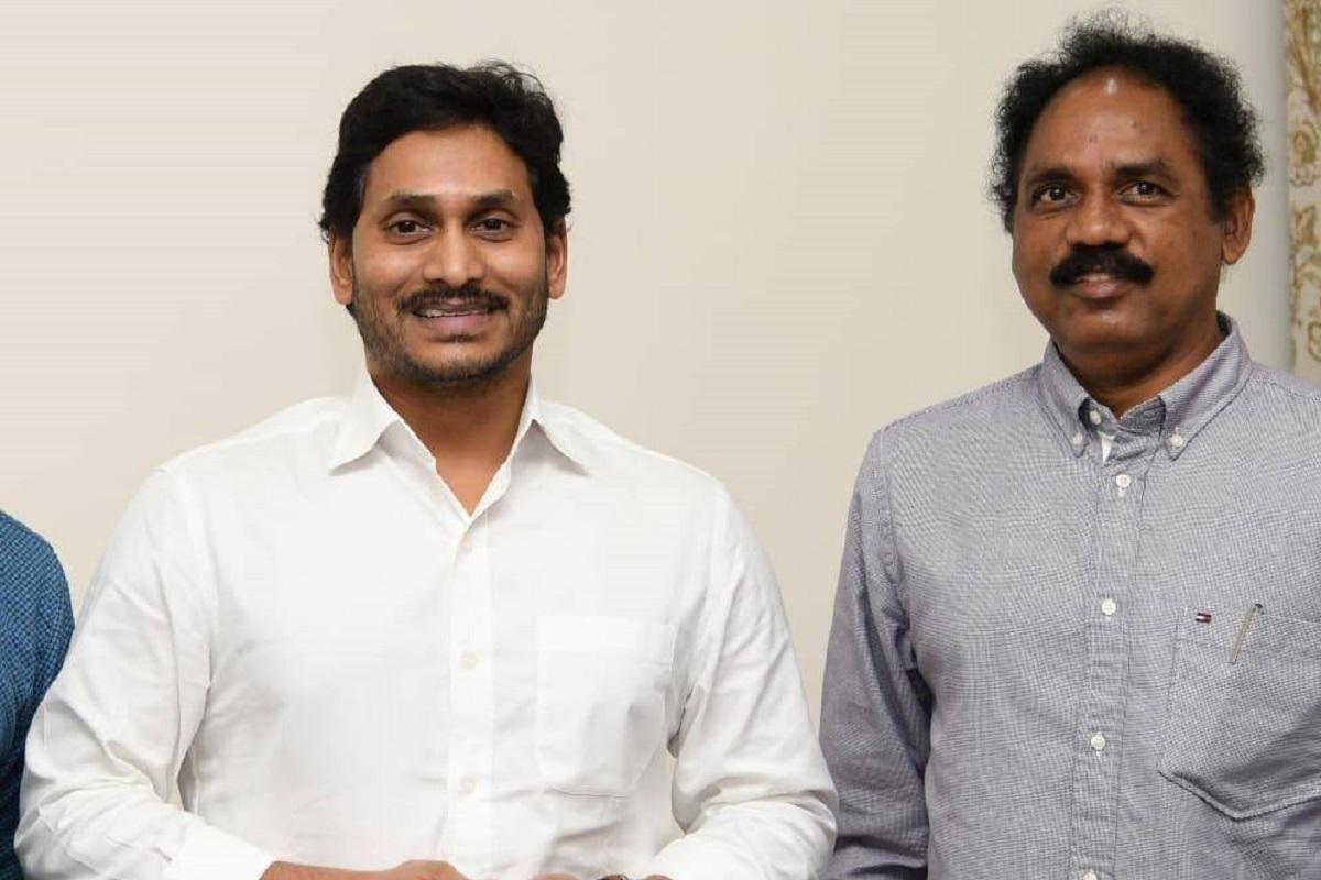 TDP MLA Vasupalli Ganesh to join YSRCP, calls on Andhra CM Jagan