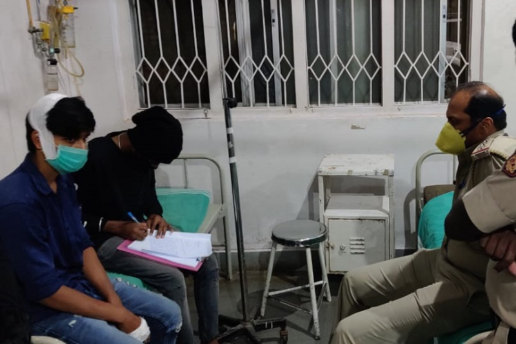 COVID-19: Bengaluru cops arrest 3 for attacking volunteers distributing aid