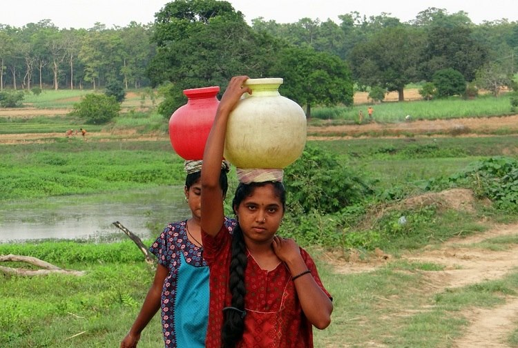 Why collecting water turns millions of Indian women into second-class citizens
