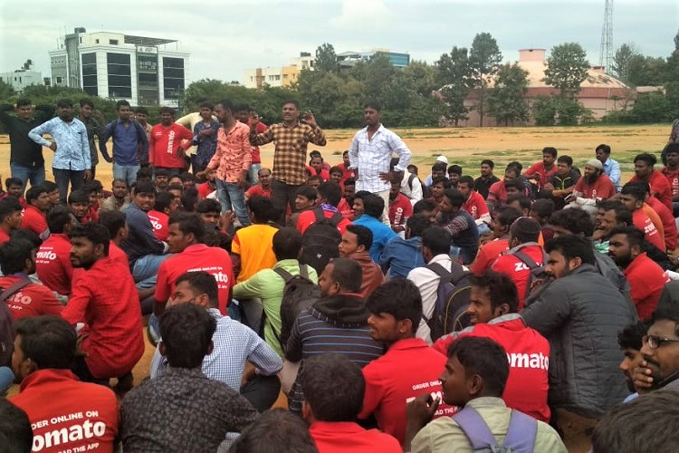 Scores of Zomato delivery executives logout, protest against reduction of incentives