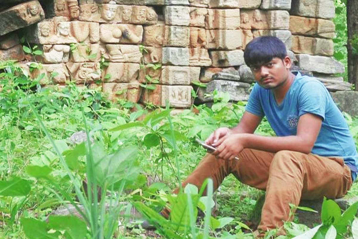 This young archaeologist is documenting Telanganas forgotten historical sites