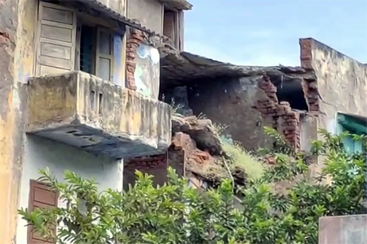 Afraid of losing homes, TN Housing Board residents in Coimbatore write to Collector