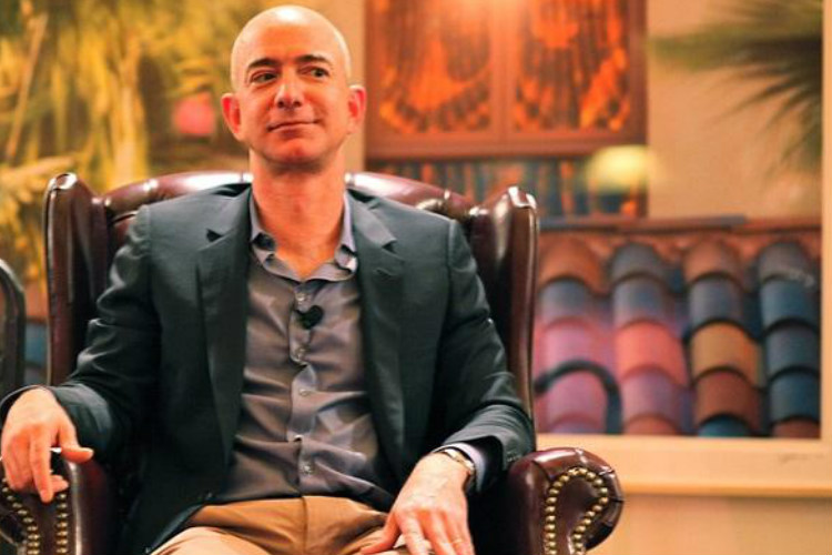 Jeff Bezos sells Amazon shares worth $990 million, makes roughly $750 mn