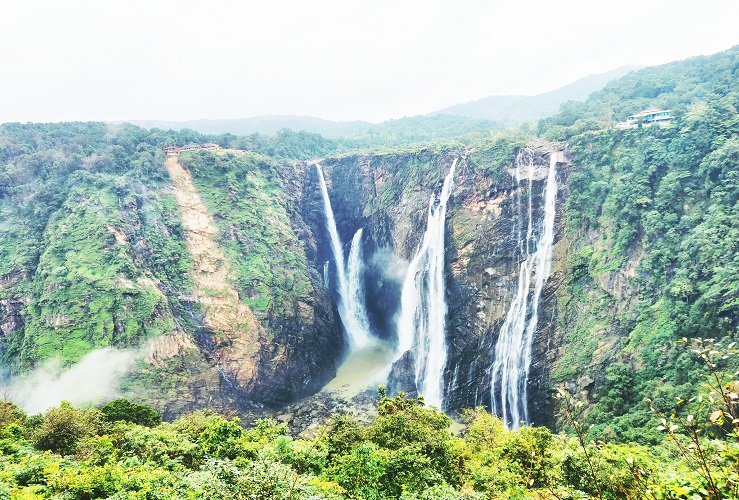 The mesmerising experience of seeing the majestic Jog Falls for the first time