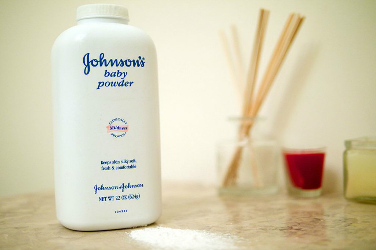 Baby Powder Lawsuit Johnson Amp Johnson Ordered To Pay 70