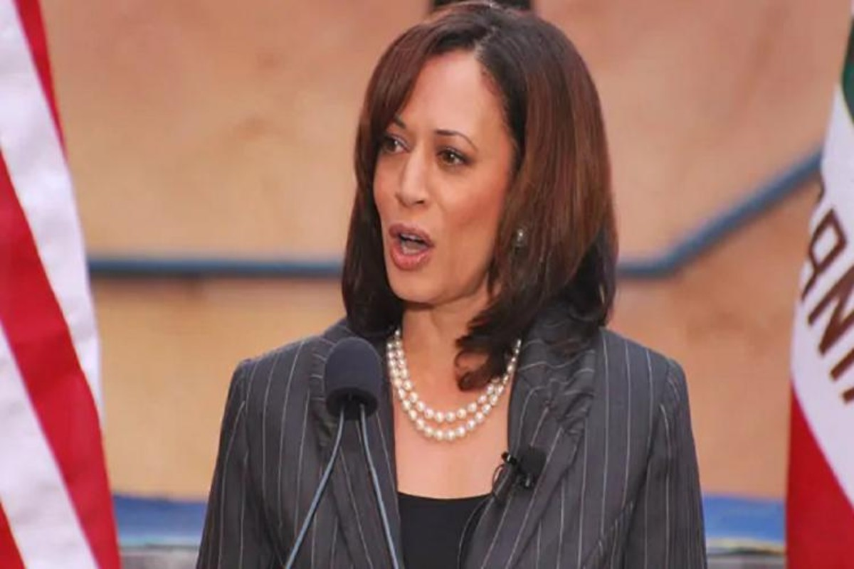 Where Does Us Democrat Vp Candidate Kamala Harris Stand On Green Cards The News Minute