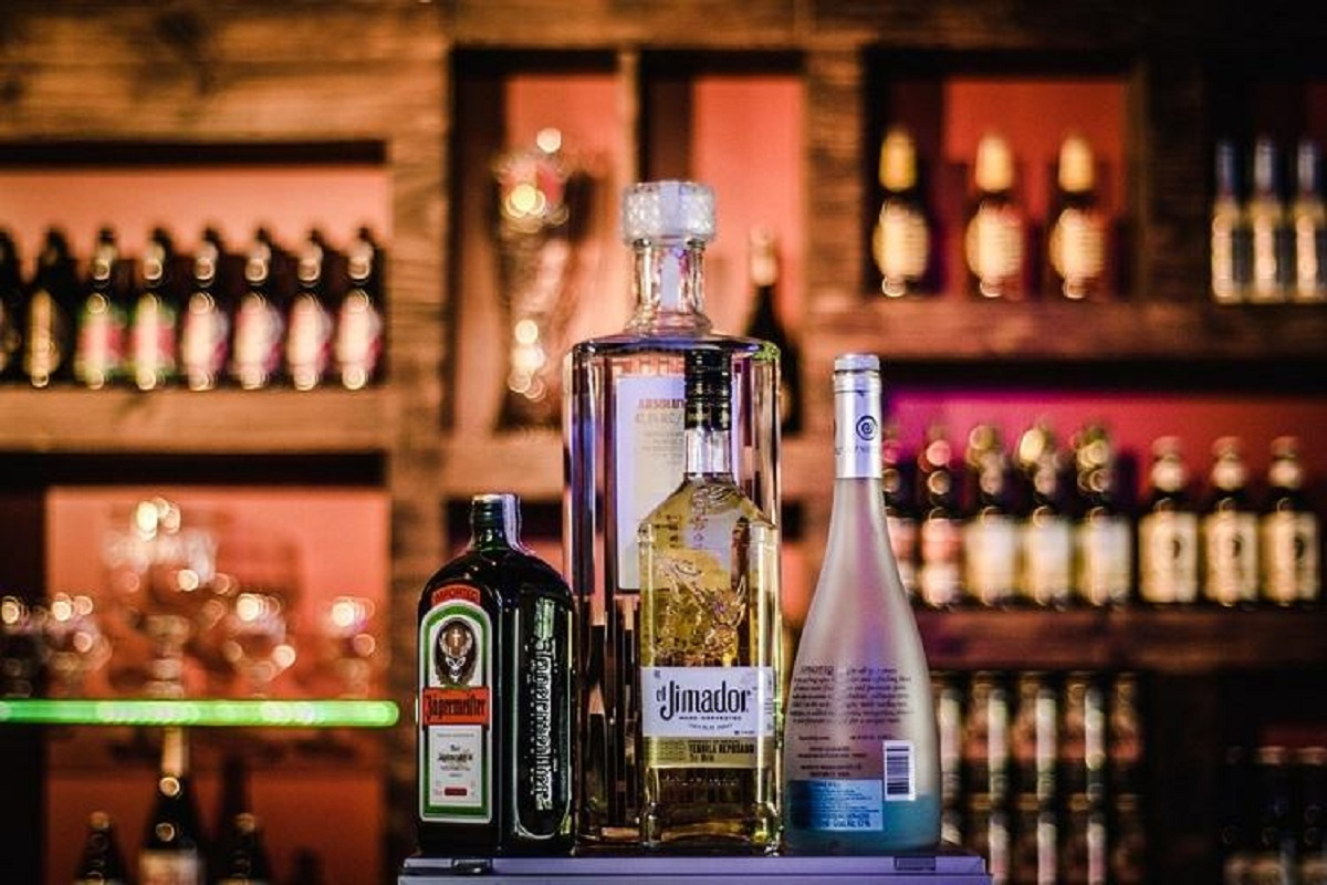 No sale of liquor in Bengaluru and rest of Karnataka till April 20 | The News Minute