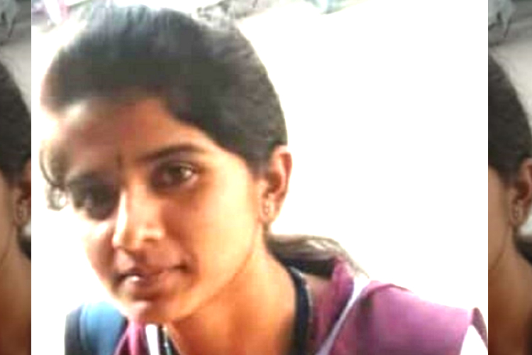 karnataka woman dies falling farm pond shooting tik tok video news minute