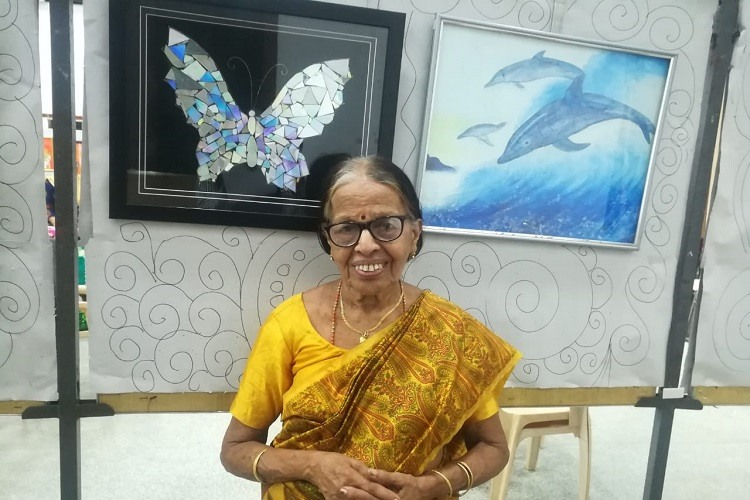 An exhibition of love: Meet the 82-yr-old Kerala artist who learnt painting in her 60s