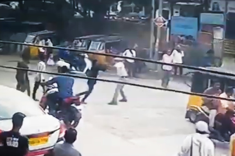 Viral video of Hyderabad traffic cop being assaulted is from 2018, clarify police