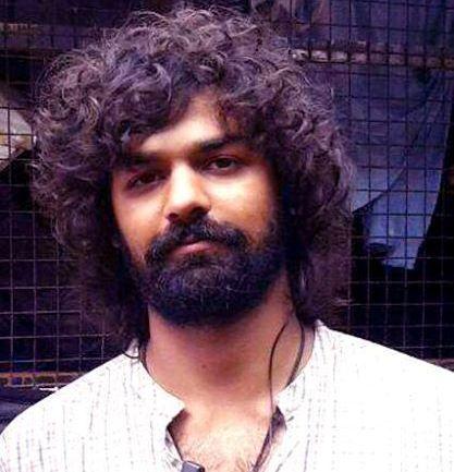 Pranav Mohanlal New Photo Fans queue up t...