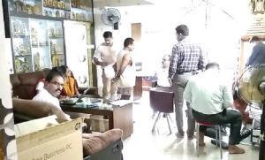 Karnataka ACB raids homes offices of 5 bureaucrats over disproportionate assets