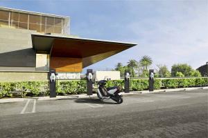 Ather Energy setting up 135 fast charging stations across India for e-vehicles