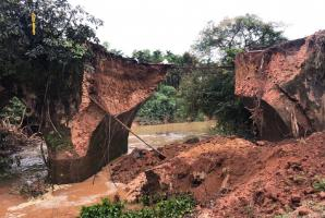 British-era bridge in Shivamogga partially collapses after cracks develop