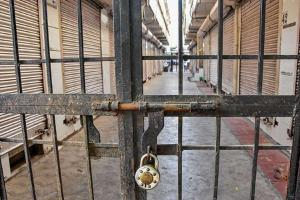 15-day lockdown by traders in Telanganas Nalgonda town due to rising COVID-19 cases